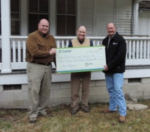 Jim Hart receives check from Charter for GSMNP elk project